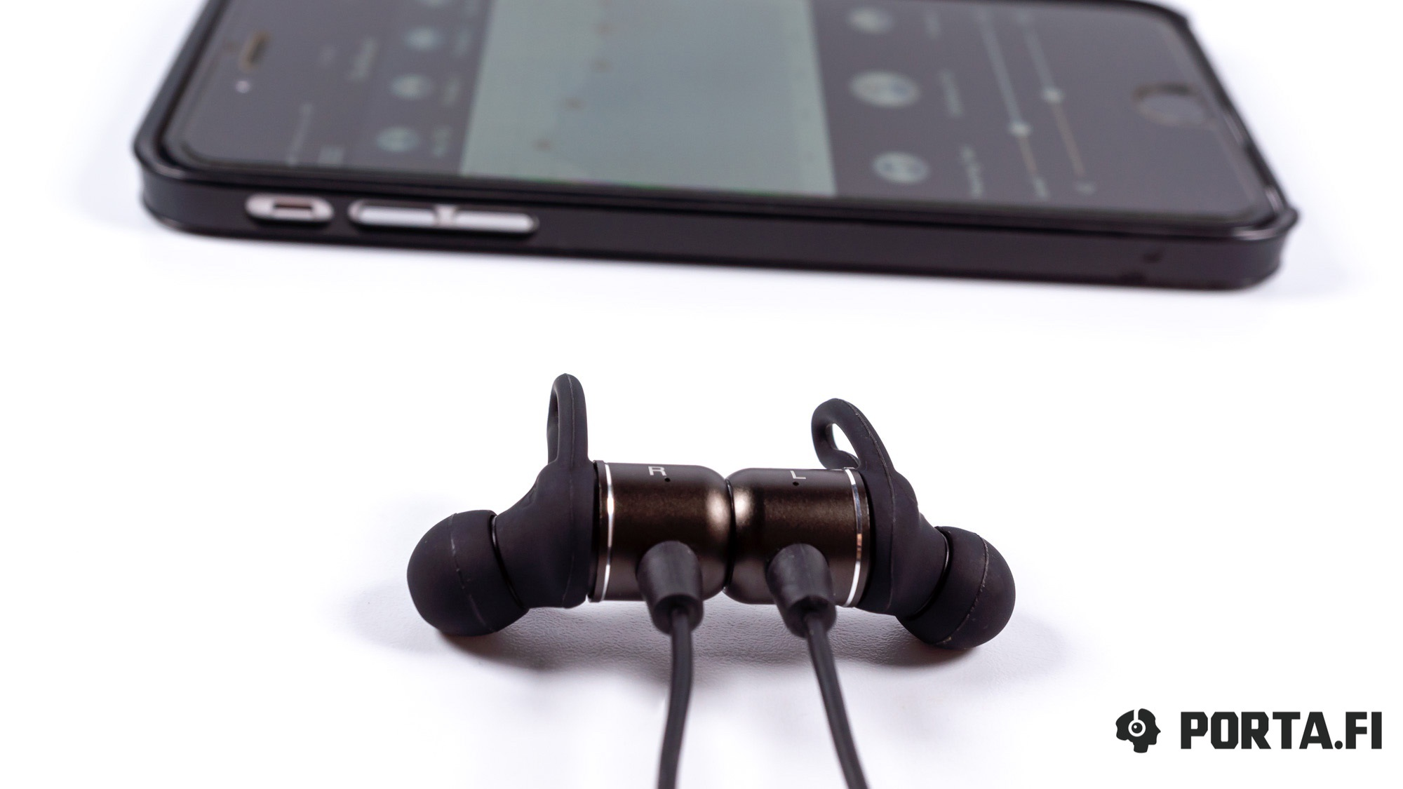 MEEAudio Earboost EB1 wireless IEMs review — tune your sound! - Porta Fi